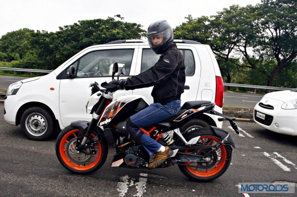 KTM 390 Duke India road test review (14)