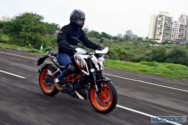 KTM 390 Duke India road test review (16)