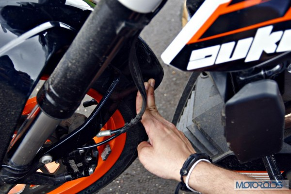 KTM 390 Duke India road test review (80)