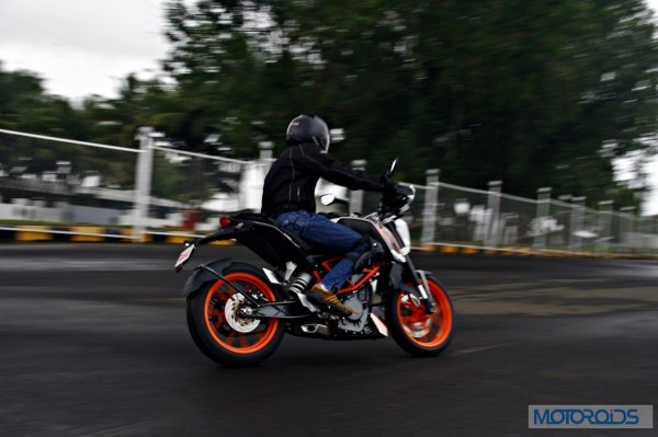 KTM 390 Duke India road test review (87)
