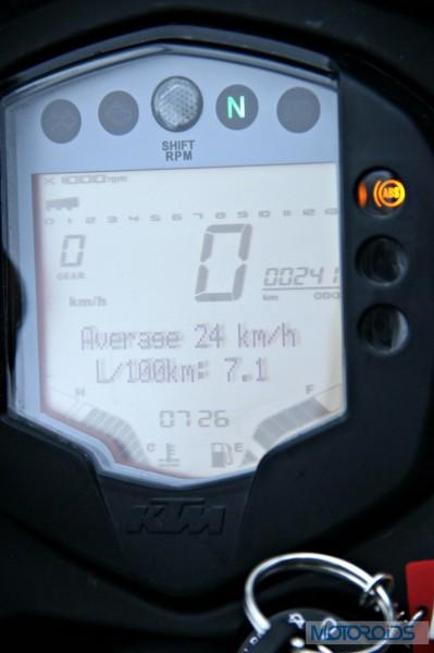 KTM 390 Duke India road test review (90)