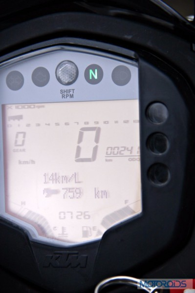 KTM 390 Duke India road test review (91)