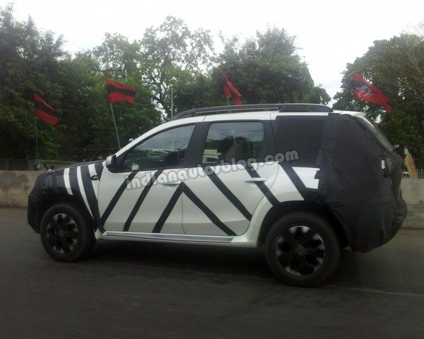 Nissan-Terrano-Duster-launch-pics-3