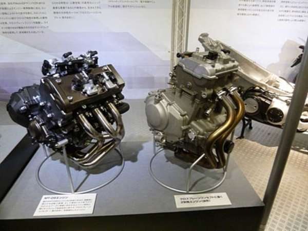 Yamaha-500cc-parallel-twin-2