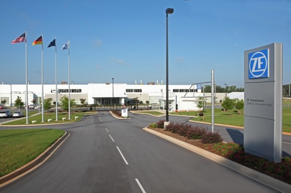 ZF Opens Passenger Car Transmission Plant in the U.S. 2