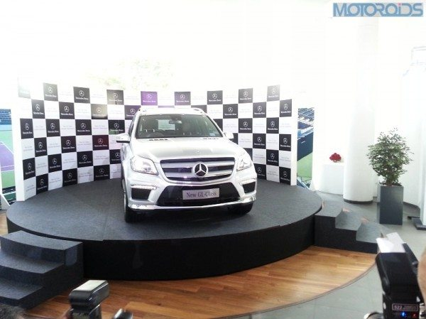 2013-Mercedes-Benz-GL-Class-India-5