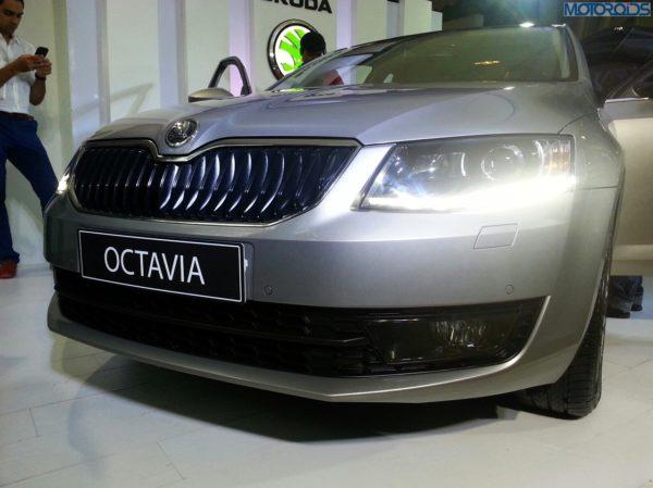 2013-Skoda-Octavia-India-launch-pics-specs-1 (16)