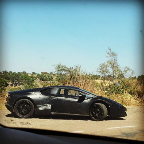 2015-Lamborghini-Cabrera