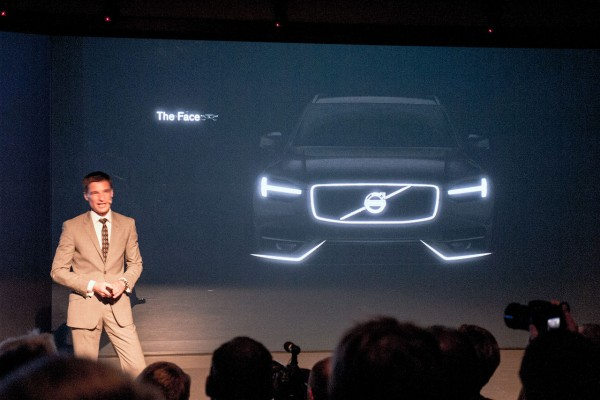 2015-Volvo-XC90-teaser-pic-1