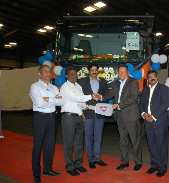 Anders Grundströmer, Managing Director, Scania India, at the Krishnapat...