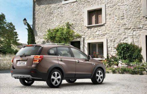 Chevrolet-Captiva-facelift-india-launch-4