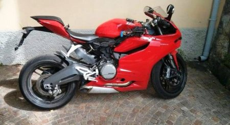 Ducati 899 Panigale spy shot