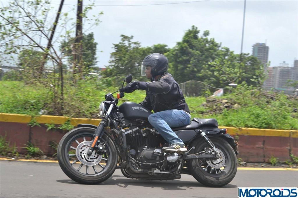 Harley Davidson Iron 883 review