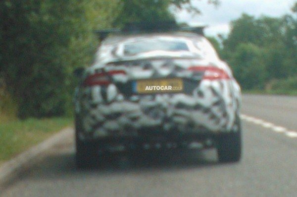 Jaguar-XO-SUV-Pics-1