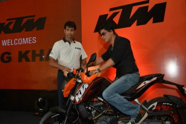 KTM-Shahrukh-Khan-Event-Pics (1)