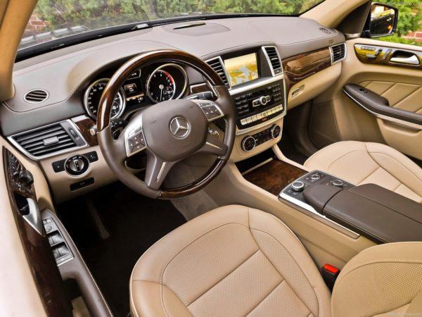 Mercedes GL-Class India (11)