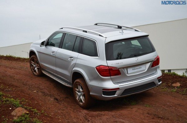 Mercedes-GL-Class-India-Pics-Review-Price- (20)