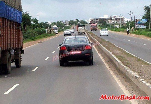 New-2013-Fiat-Linea-Facelift-India-launch-pics-8