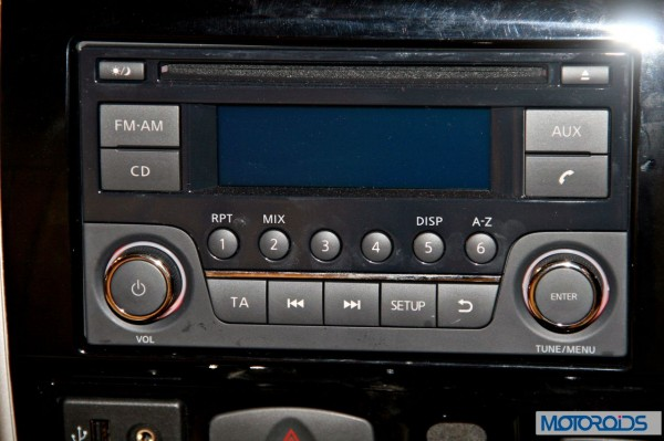 Nissan Terrano images India (53)