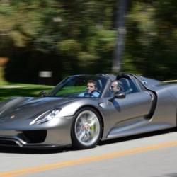 Porsche 918 Spyder production edition revealed on Twitter