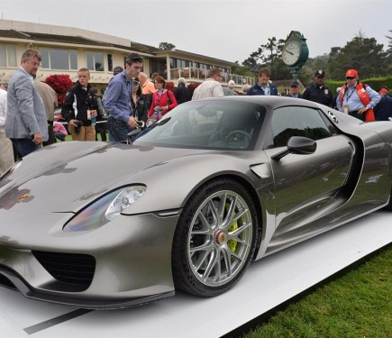 porsche 918 spyder pre production model officially displayed motoroids. Black Bedroom Furniture Sets. Home Design Ideas