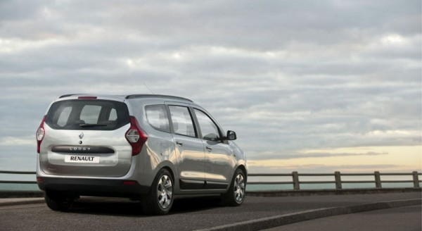 Renault-Lodgy-India-Launch-Pics-1 (4)