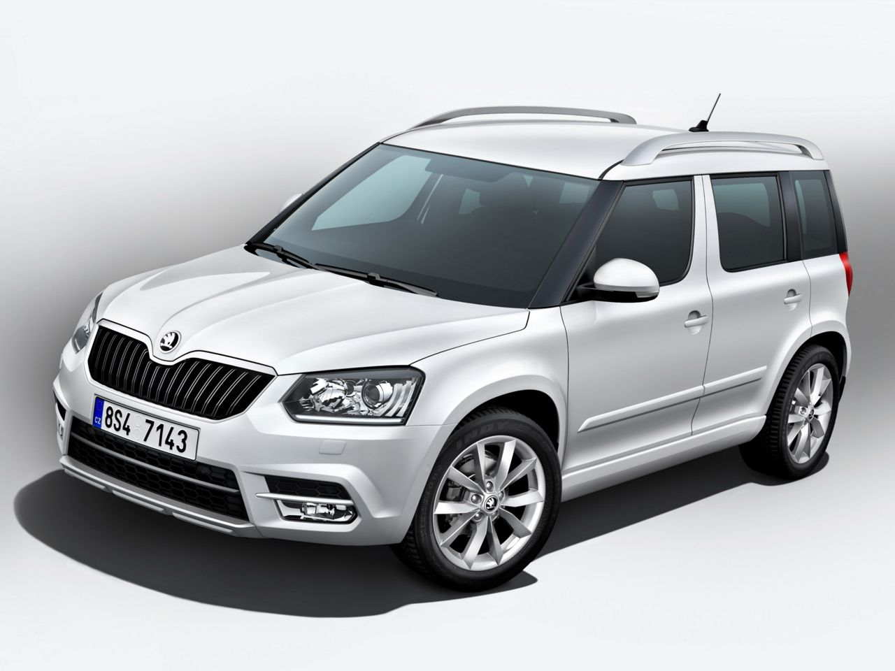 meet the upcoming skoda yeti facelift frankfurt debut images details motoroids. Black Bedroom Furniture Sets. Home Design Ideas