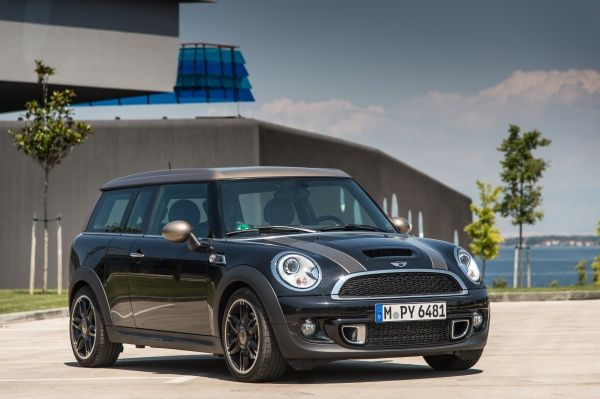 02 MINI Clubman Bond Street