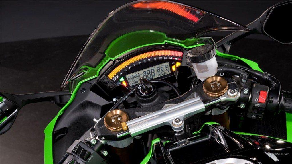 2013 Kawasaki Ninja ZX10R (8)
