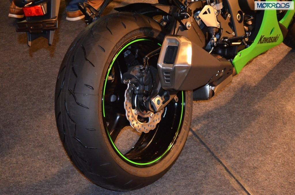 2013 Kawasaki ZX10R (1)