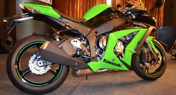 The 2013 Kawasaki ZX10R: Quest for Superbike Supremacy