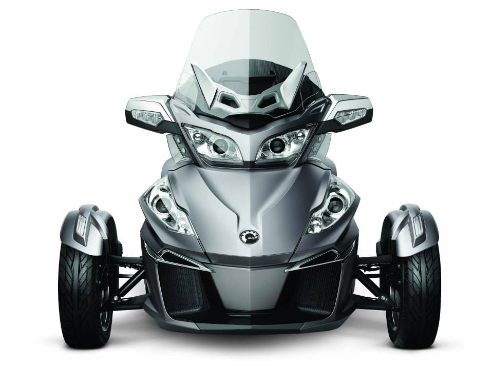 2014 Can-Am Spyder RT (1)