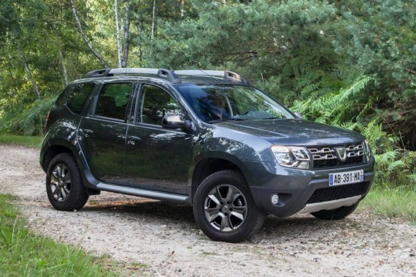 2014-Dacia-Renault-Duster-Pics-Frankfurt-1 (1)