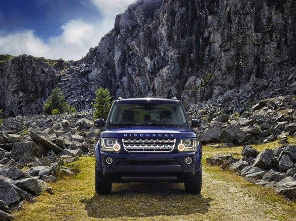 The New 2014 Land Rover Discovery facelift makes its Public Debut at Frankfurt