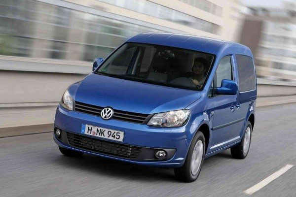 2014-Volkswagen-Caddy-BlueMotion-4
