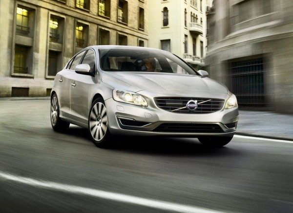 2014-Volvo-S60-facelift-india-launch-3