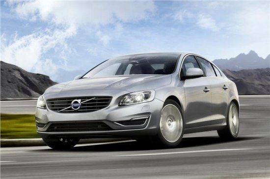 2014-Volvo-S60-facelift-india-launch-4