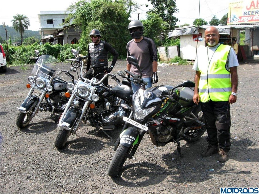 Chai Pakoda Ride India Bike Week (1)