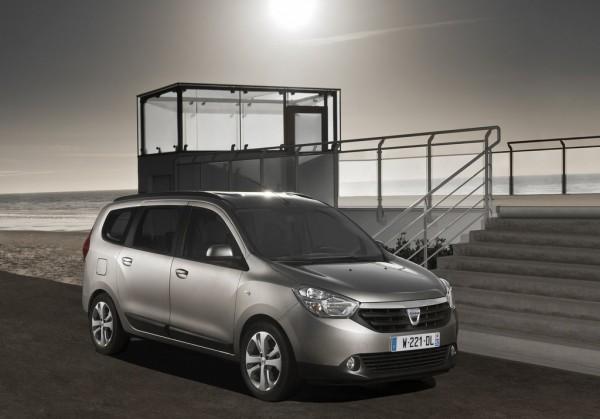 Dacia-Lodgy_India_launch