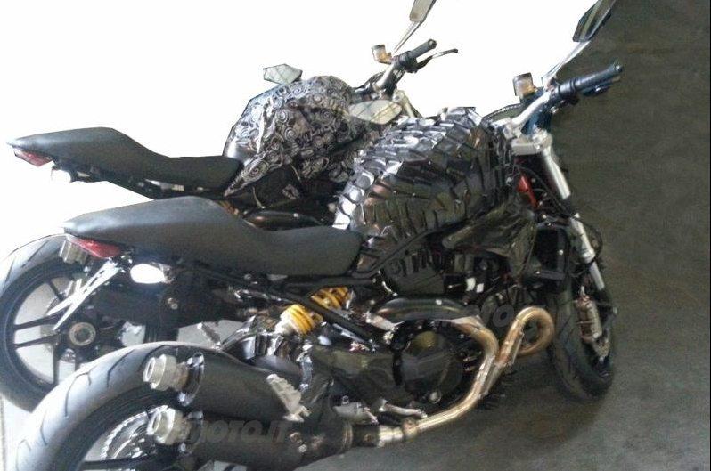 Ducati Monster 1198 (2)
