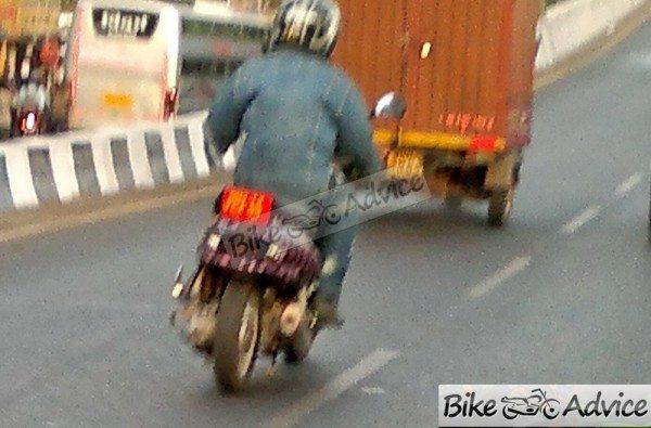 Mahindra-301-automatic-scooter-1