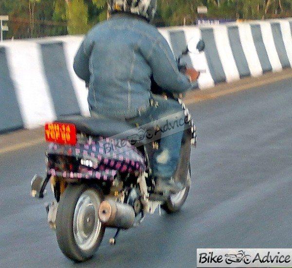 Mahindra-301-automatic-scooter-2