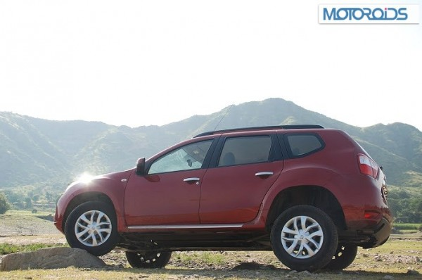 Nissan-Terrano-Review-Pics-1 (26)