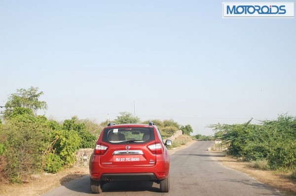 Nissan-Terrano-Review-Pics-1 (9)