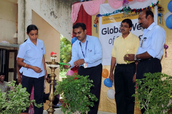 Senior Management of Ford India at the inauguration of the Global Week of Caring - 2
