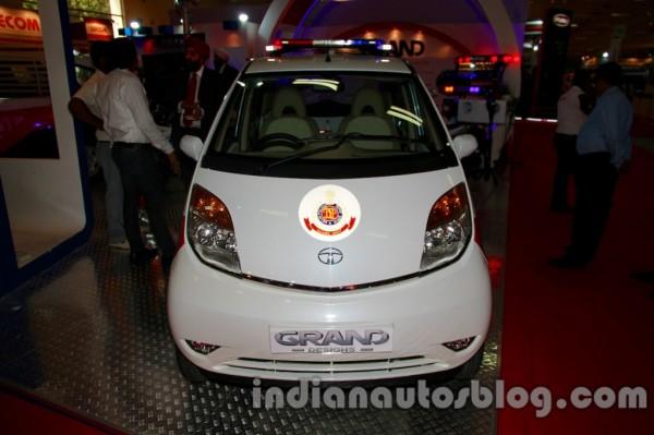 Tata-Nano-delhi-police-pcr-pics- (3)