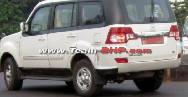 Tata-Sumo-Grande-facelift-spy-pics-1