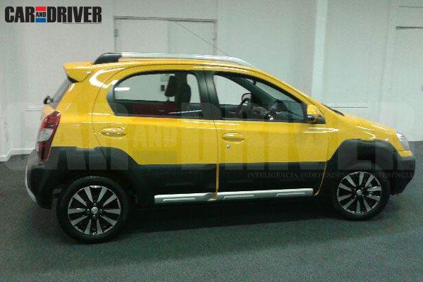 Toyota-Etios-Cross-Brazil-Pics-Launch-1