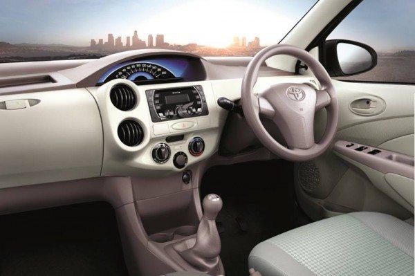 Toyota-Etios-Liva-Xclusive- (2)