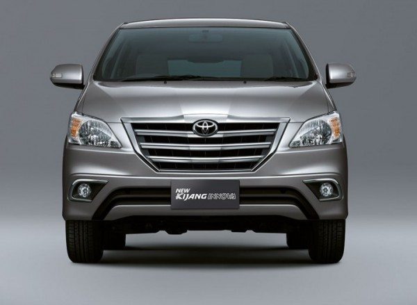 Toyota-Innova-Facelift-india-launch-date-1